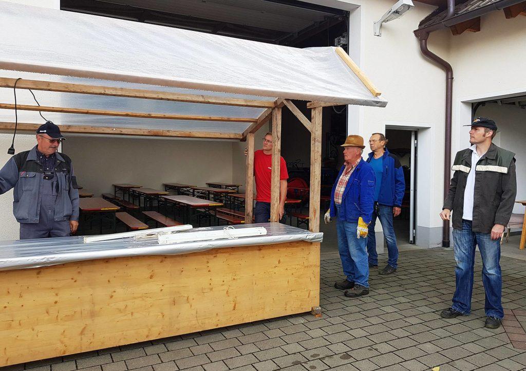 Aufbau für das Sommerfest der Gottmannshofer Schützen